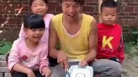 欢乐一家亲:一起做饺子咯