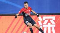 力压5大归化球员!郜林首度当选广东足球先生