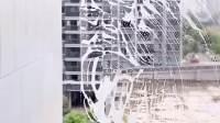 这款一体式喷水玻璃刮,可以边喷水边刮,干净卫生,省时省力