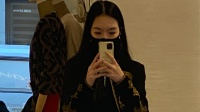 李咏去世2年后妻女生活曝光:传闻2亿遗产比不上这笔财富