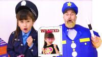 萌娃益智亲子游戏:萌宝小萝莉做错了什么事情?可是她怎么变身成为小警察?