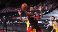 NBA:勇士106-108开拓者 利拉德22分 库里35分