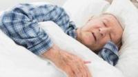 """早晨起床有""""四不宜"""",中老年尤为注意,若不提早改掉小心变痴呆"""