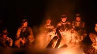 西藏边防官兵日夜兼程40公里 巡逻途中唱响《祖国不会忘记》!