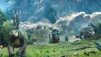 災難電影:火山爆發,島上到處是岩漿,恐龍們為保命只能四處逃竄
