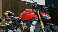 机车摩托:新一代街霸对决川崎,ZH2对比杜卡迪V4谁更胜一筹