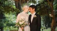 撒贝宁妻子庆结婚五周年 晒玫瑰花和亲吻照甜蜜如初