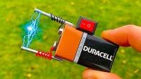 电池上焊接两根铁钉,按下开关瞬间,画面神奇了!
