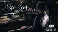 一手拿小号一手弹钢琴玩爵士,真的行吗?