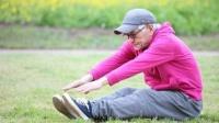 健康知识:长寿最大的坎是多少岁?