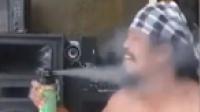 男子用网红杀虫剂朝嘴里狂喷 家人:已死亡