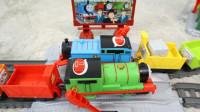 托马斯玩具 多多岛经典场景套装开箱