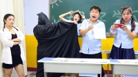 假如学校禁止写作业,学生为了写作业和老师斗智斗勇