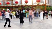 西宁市中心广场锅庄舞(178)歌曲.赡养父母.mpg