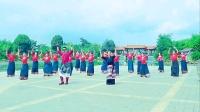 小陈陈课堂的同学们共舞一曲《感恩》%锅庄跳起来。