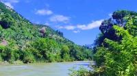 【旅行中国】漫步在中国云南小镇,青山绿水,蓝天白云!