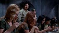 混乱的女子监狱,充斥着交易与黑暗(中集)