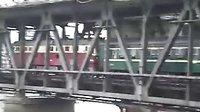 客车L102上行匀速上公铁大桥(4-16)