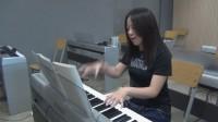 李妮老师钢琴教学示范与讲解《我愿意》B段