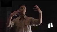 黄轩和梁华在《黎明前的暗战》中的一段动作视频