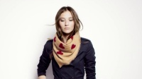 Burberry围巾 - The Ripple波纹褶饰风格佩戴方法