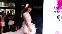 美少女组合GNZ48惊艳天河城 美臀女王姜黎明大谈夏日翘臀 160727