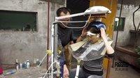 【小人物大四川】乐山男子钻研16年发明立式自动按摩洗头机!2015.09.30