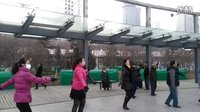 西宁中心广场藏族锅庄视频25《欢乐的草原》
