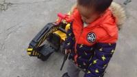 萌宝秀-亲子益智玩具257 可爱的萌宝开挖掘机工程车可坐可骑推土机挖机儿童玩具 迪士尼玩具妈妈水果切切乐猪侠熊出没小猪佩奇购物车健达奇趣蛋出奇蛋的玩具故事
