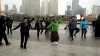 西宁中心广场藏族锅庄视频106《吉祥新年》