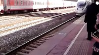 高铁进站-VID_20130325_131421