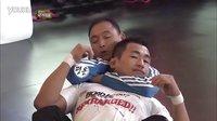 韩国格斗教练示范十字绝杀