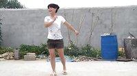 王咬村登峰广场舞  溜溜的姑娘  视频