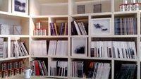 志伟拍客日记——@白盒子艺术馆 咖啡厅的书架