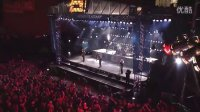 王者归来!征服全球无数乐迷摇滚天团德国战车Rammstein最新现场火爆演绎单曲Du Hast震撼全