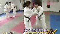 '桃花小妹'演员学柔道,王心凌把大东过肩摔