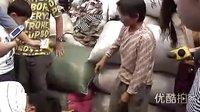 女童被撞18名路人漠视2...拍摄:黄富昌 制作: 黄富昌