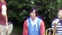 [KING]100805.恶作剧之吻拍摄现场.贤重运动装+贤重背素敏
