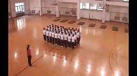 (高中)全国第四届体育教学优质课视频之 - 单肩后滚翻成单膝跪撑平衡技巧组合动作A面