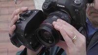 为单反相机加配手持变焦器和取景器,成功将单反相机改造为手持摄像机!