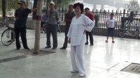 经梧太极拳闫芳老师与弟子推手训练