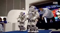 NAO三星展台上跳机械舞[www.boole-tech.com]