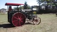 1918年生产的Rumely OilPull-老爷拖拉机