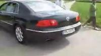 辉腾W12   60