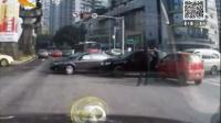 越野车主狂殴三轮车司机 遭钢管还击2014.3.25看今朝_高清