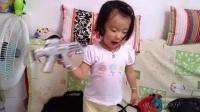 女儿完全成长记录:萌妹子喜欢打枪,不幸中弹身亡!