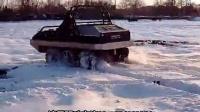 老外全液压六驱水陆两栖车雪地演示