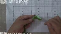 第33集-风灵童年-双色宝宝对襟开衫波浪花编织方法
