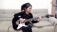 我们国内的小姑娘8岁可能还在弹 小星星!!这就是跟日本的差距啊!输在起跑线上