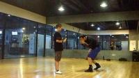 少年拳击直拳下勾拳基础训练1,MARK BOXING北京拳击刘教练6.4华美